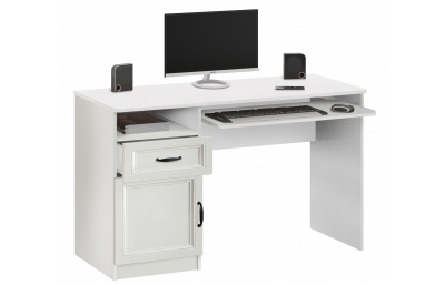 7.65 Computer desk